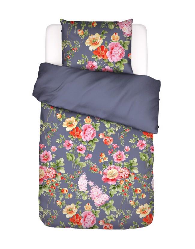 Image of   Claudi sengesæt med blomster, washed blue, flere størrelser fra Essenza