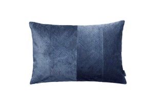 Corduroy Herringbone pude i farven Royal blue fra Cozy Living
