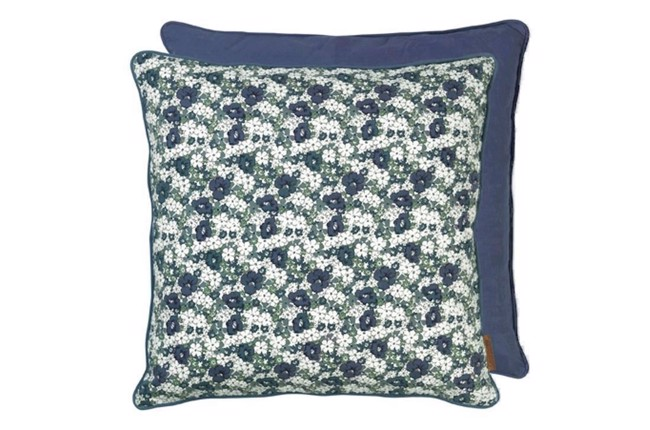 Image of   Cotton Retro flower print pude 50x50 cm i farven Ocean fra Cozy Living