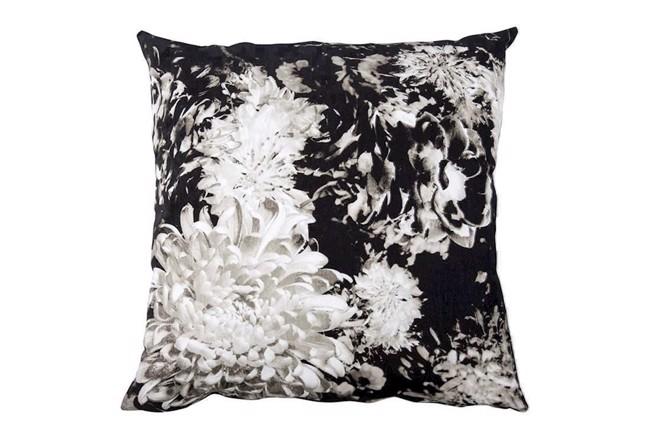 Image of   Floriana pude sort og hvid 60x60 cm fra Lene Bjerre
