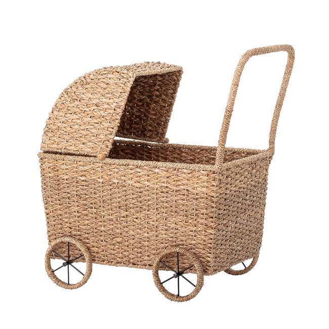 Image of   Legetøjs dukkevogn i bankuan græs fra Bloomingville Mini