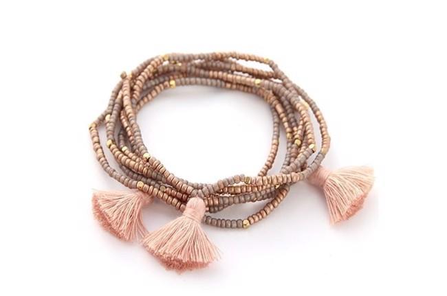 Image of   Miyuki pompom armbånd med kvaster i sand/grå fra Style Heaven