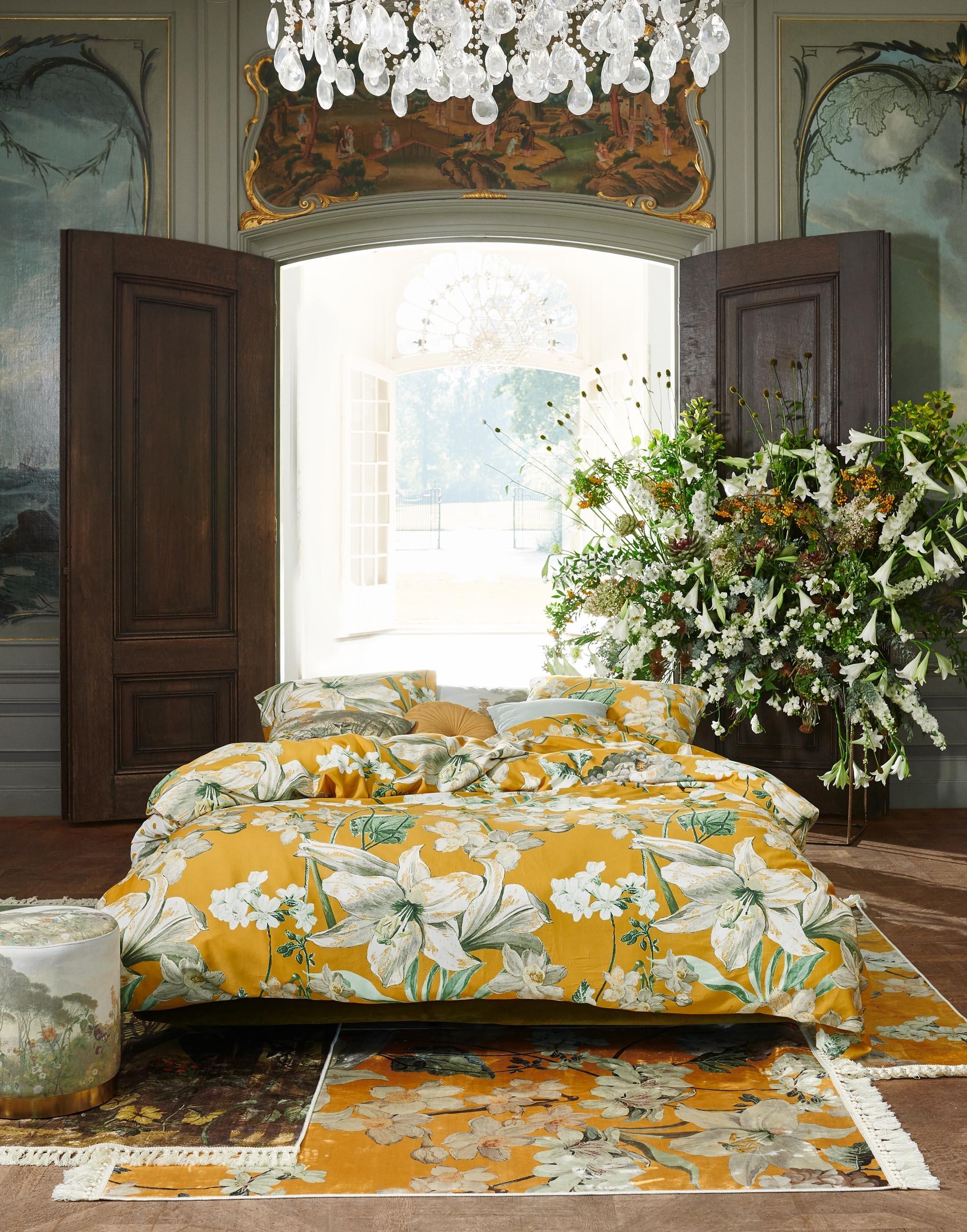 Picture of: Rosalee Sengesaet Med Blomster Mustard Fra Essenza