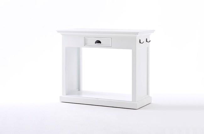 Image of   Hvidt køkkenbord med stole fra Novasolo